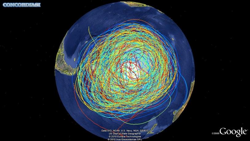 Trajectoires des 19 ballons lancés au cours de la campagne Concordiasi en Antarctique. Crédits : 2010 Google.